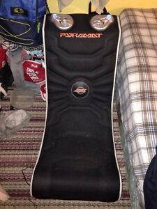Black gaming chair need sold ASAP