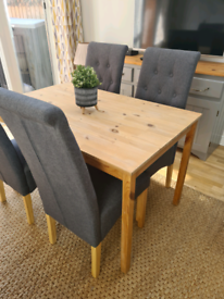 Small Dinning/ Kitchen Table