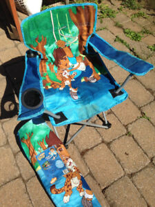 1 chaise pliable enfant Diego et 1 chaise pour tout petit
