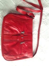 ❤️🎒 Brand new red leather shoulder bag