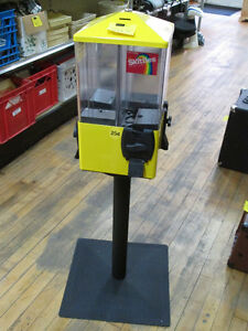 25 Cent Candy Dispensing Machine