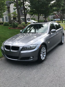BMW 328 xDrive Premium Package 2009