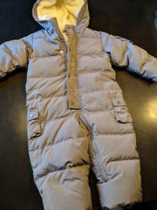 Gap bunting snowsuit 18 months