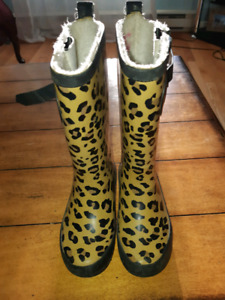 Rain  boots toddler girl size 11