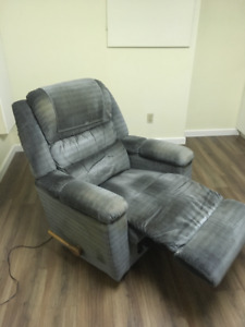 Lazy-Boy Recliner, vibrates and is heated