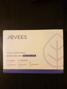 Jovees Pearl Whitening Facial Kit