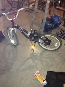 girls bike for cheap good condition.