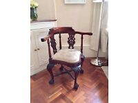 *** Rare ANTIQUE CORNER CHAIR In Excellent Condition ***