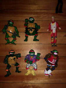 Bonhommes ninja turtles, passe-partout, expos, McDonald's etc..