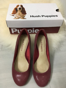 Hush Puppies - Raspberry Colour Closed Toe Pumps