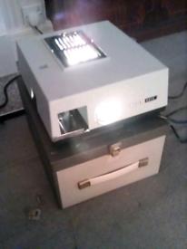 Prinz slide projector and screen