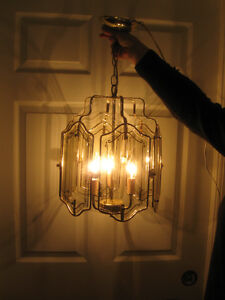 BEAUTIFUL GLASS & BRASS ELECTRICAL HANGING CEILING FIXTURE