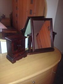 Wooden dressing table mirror and wooden jewellery box