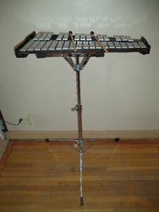 Yamaha Student's  Bell Kit / Xylophone With Case