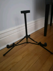 Guitar stand new