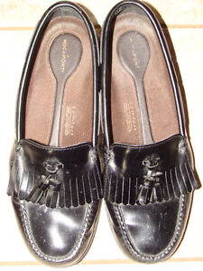 Men's ROCKPORT BLACK LEATHER LOAFERS, Size 11 London Ontario image 1