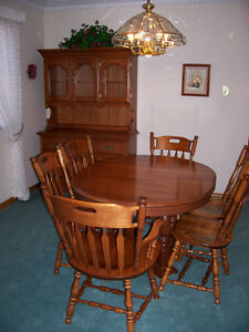 Dining Table, Chairs and Hutch. Solid Maple - NEW LOWER PRICE Kitchener / Waterloo Kitchener Area image 1