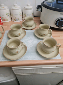Denby Daybreak x5 tea cups with saucers