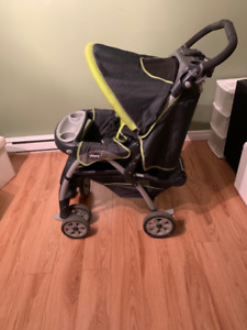 Chicco Stroller / Pousette Chicco