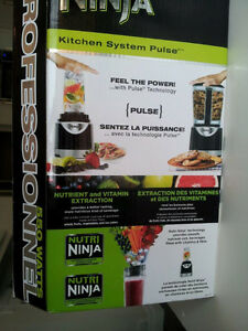 Nutri NINJA - Brand NEW in BOX - Gift for Christmas!! Kitchener / Waterloo Kitchener Area image 2