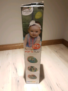 *NEW* in box  Pop'n Play with canopy $100