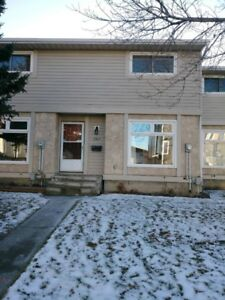 COMPLETELY RENOVATED 3 BEDROOM 1310 SQ FT, A MUST SEE! $1295/MTH