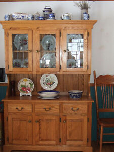 ANTIQUE REPLICA DINING SET WITH HUTCH & BUFFET