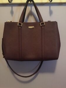 Brand New Authentic Kate Spade Messenger Bag