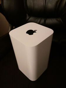Apple Airport Extreme Base Station 802.11AC Router