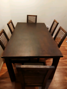 Dining table and 6 chaird