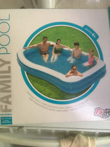 Small Family Pool, Great condition, used 1 week