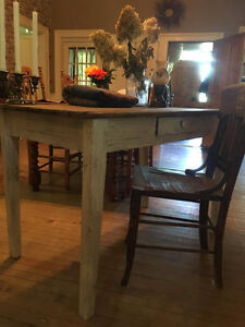 Very old Antique Harvert Table Kitchener / Waterloo Kitchener Area image 5
