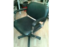 Hairdressing Chair(5 available)