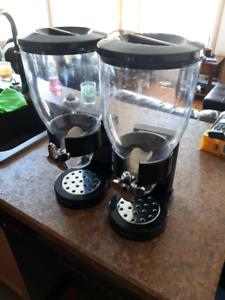 Cereal/rice dispensers