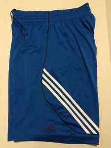 Adidas Short de Sports.