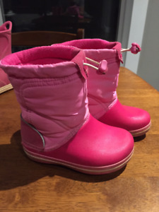 Crocs cold weather Boot size c8