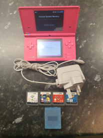Nintendo DSi Pink with 4 games