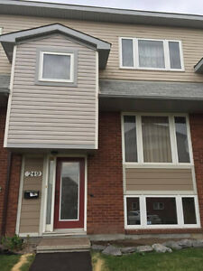 ROOM FOR RENT - ALL INCLUSIVE - NEAR ALGONQUIN COLLEGE