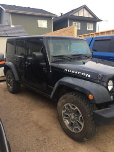2014 Jeep Wrangler with only 32,000 km's.