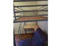 Loft bed jay be