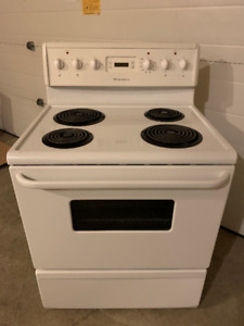 White Frigidaire coil top range. Perfect working condtion