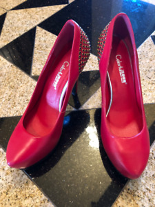 Brand new Red woman shoes in red color