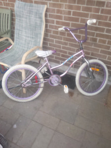 2 KIDS BIKE FOR SALE(GREAT PRICE)