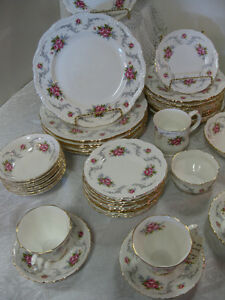 Royal Albert Tranquility - FROM PAST TIMES Antiques -1178 Albert
