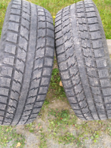 Tires Toyo . Hiver Studless . (4)