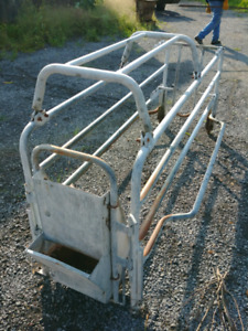 Galvanized Pig Farrowing Crate. Fast Sale $150