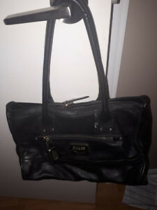 07d4b775c02af8 Ajax` | Buy or Sell Women's Bags & Wallets in Oshawa / Durham Region ...