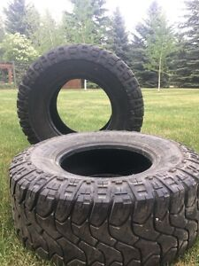Two 37x13.5r18 MICKEY THOMPSON MT tires