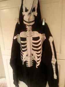 Skeleton hoodie XL