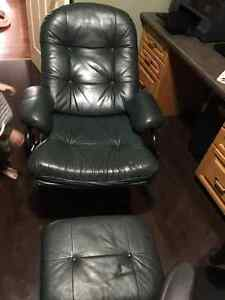 Reclining Leather office chair Kitchener / Waterloo Kitchener Area image 1